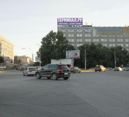крышная конструкция пр-т К_Маркса 57